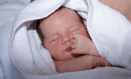 μικρό μωρό