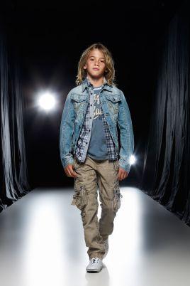 1f7866bb973 Στοκατζίδικα στην Αθήνα για παιδικά ρούχα και παπούτσια | InfoKids