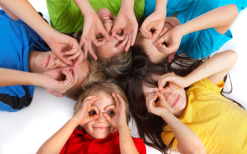 cute_kids_cute_play-wide
