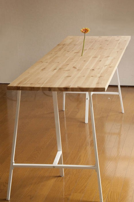invisible-table-vase-ikea