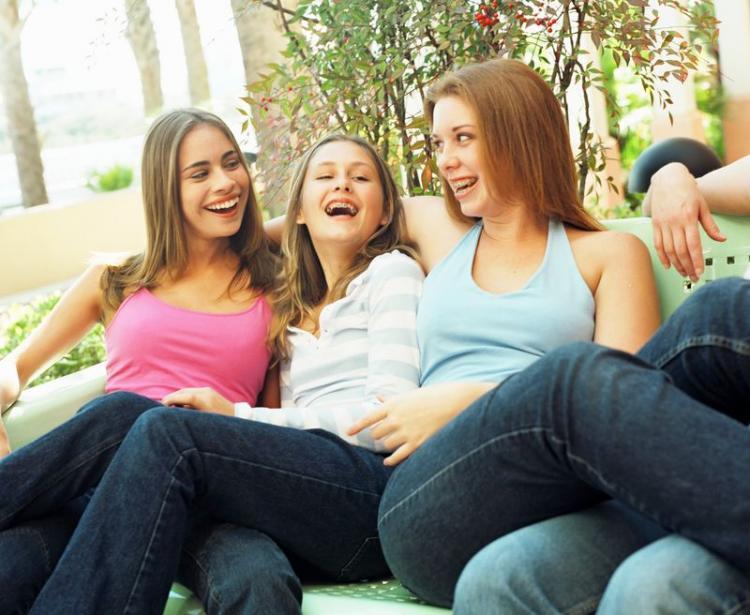 teens30336561