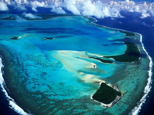 CIAerial_View_of_Aitutaki_Island__Cook_Islands