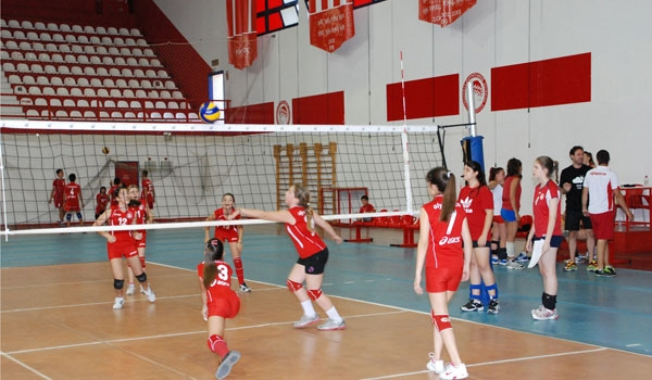 academyvolley2