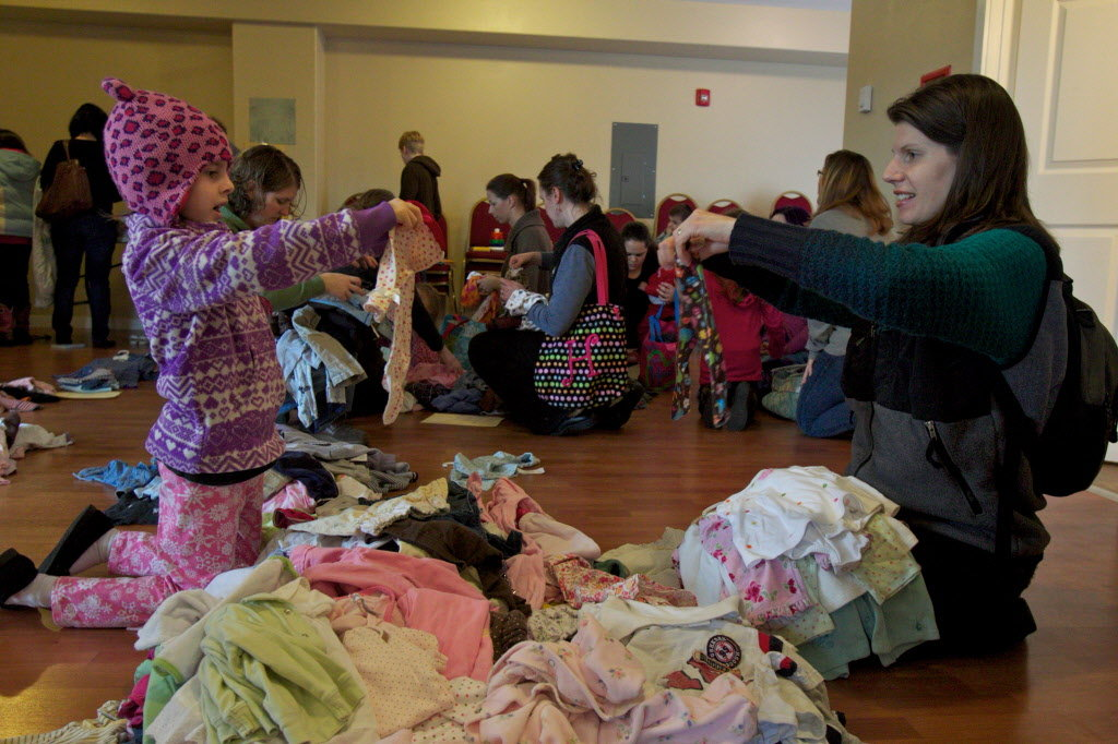 childrens-clothing-swap