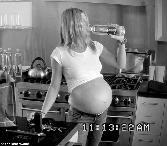 jennifer-aniston-pregnant