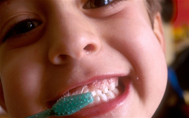 toothpaste_2327066b