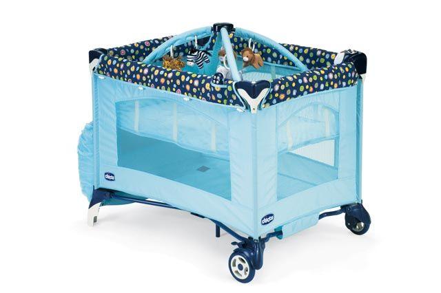 Εξαιρετική επιλογή είναι και το παρκοκρέβατο Play   Nap της CHICCO.  Περιλαμβάνει bassinet (μια ειδική εσωτερική αιώρα) η οποία ανυψώνει το  στρώμα στο ... 90ea5160e03