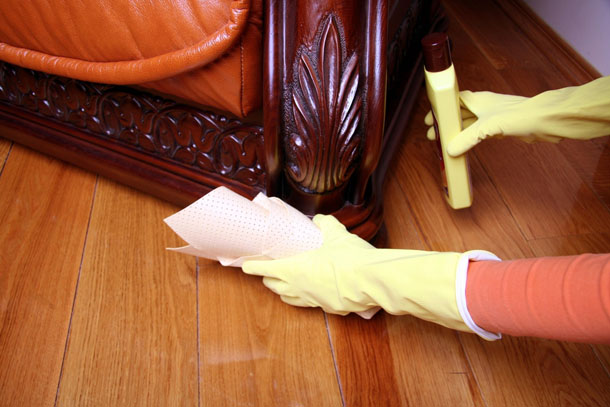 How-to-Restore-Your-Wood-Furniture3