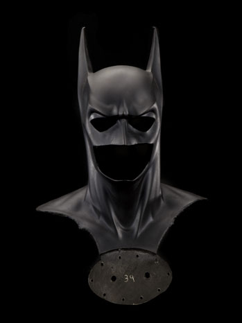 smithsonian_wb_batman_cowl
