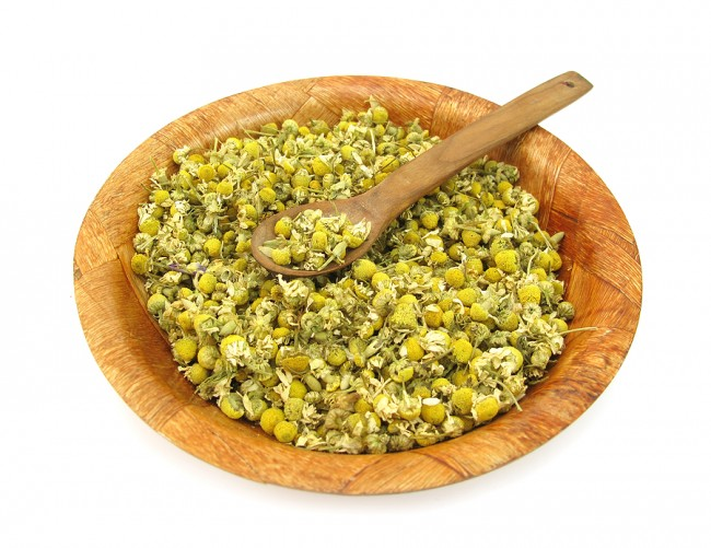 bigstock_Chamomile_dried_for_tea_27010676 (3)