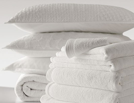 laundry-white-towels-pillows (1)