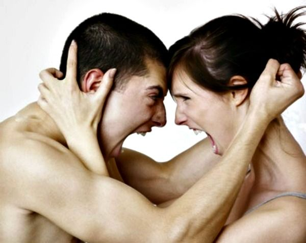 top-10-reasons-to-break-off-a-relationship1300832146-may-30-2012-600x477