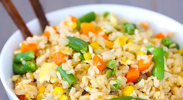 2012-07-31-vegetable-fried-rice-586x322