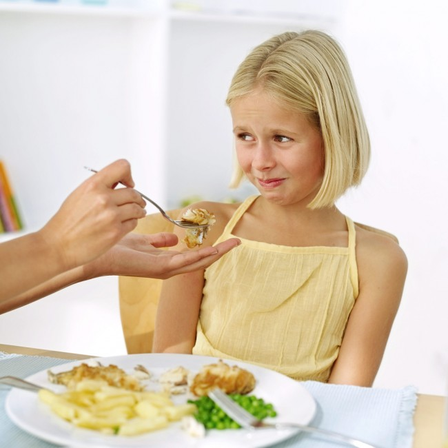 Make-Kids-Love-to-Eat-Child-Doesnt-Want-to-Eat