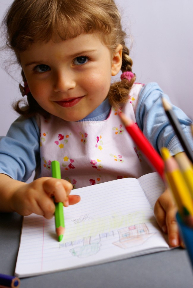 girl-child-w-notebook