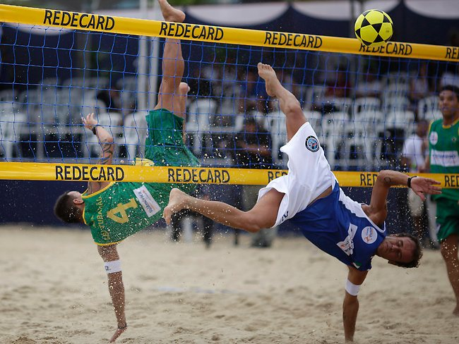 015708-brazil-footvolley