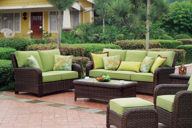 Bermuda_Wicker_Furniture_Group_Photo
