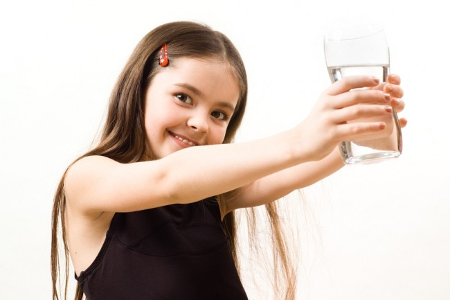 Girl-Drinking-Water1