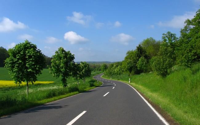 Nature_Seasons_Summer_Winding_road_020952_