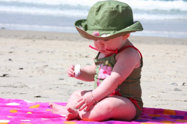 baby-at-the-beach