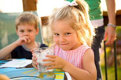 drinking-water-children