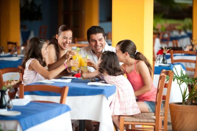 family-at-restaurant