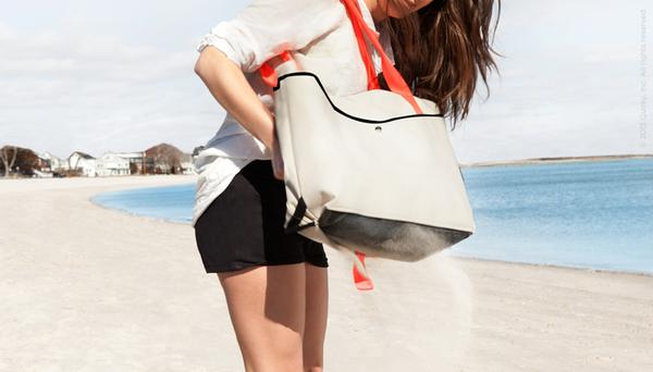 the_shake_sand_resistant_beach_bags_for_your_beach_time_4