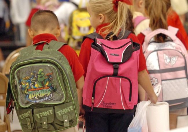 42117_backpacks-children-first-day-school