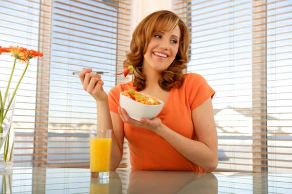 woman-eating-fruit-salad(1)