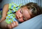 Όταν-το-παιδί-δεν-θέλει-να-κοιμάται-μόνο-του