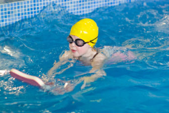32_x600_swimminglessons