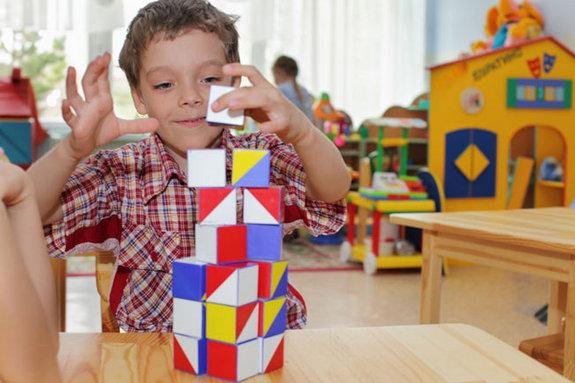 kindergarten-boy-100811-02