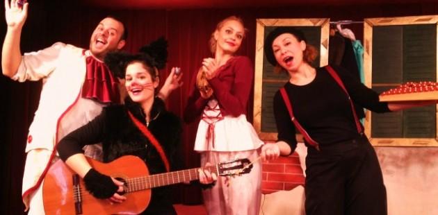 να μια μπάντα!!!.JPG photo για παράσταση της Χ.Α.Ν.Θ.
