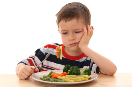 kid_with_veggies
