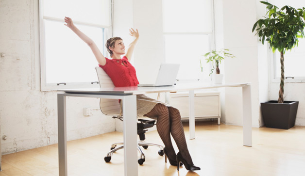 woman-working-in-office-628x363