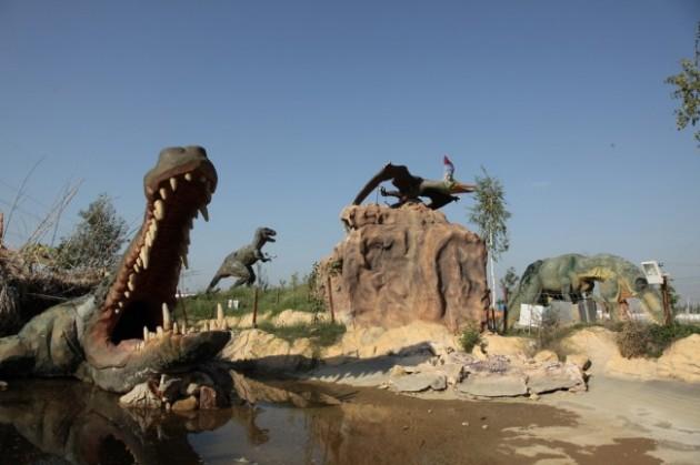 πάρκο δεινοσαύρων 2
