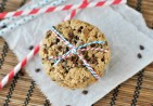 xoatmeal-chocolate-chip-cookies-photo.jpg.pagespeed.ic.r3iFWo6iwV