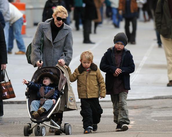 Cate+Blanchett+Children+Out+New+York+City+AgYq51ZRfOMl