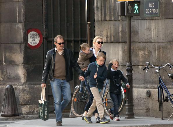 Cate+Blanchett+Family+Go+Sight+Seeing+Paris+heh5wmvh3nhl