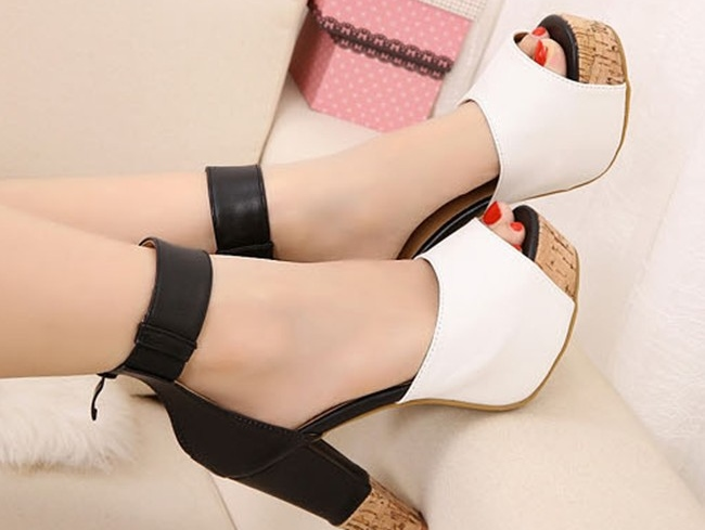 Free-shipping-platform-pumps-2013-fashion-black-white-sandals-for-women-shoes-woman-color-block-chunky
