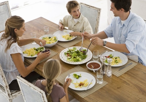family_meal-Time-600x420