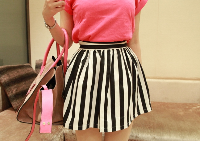 fashion-all-match-stripe-short-classic-black-and-white-high-waist-bust-skirt-pleated-spring-and