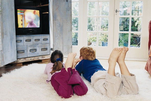 getty-kids-watching-tv