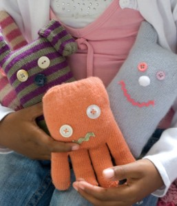 glove_toys-257x300