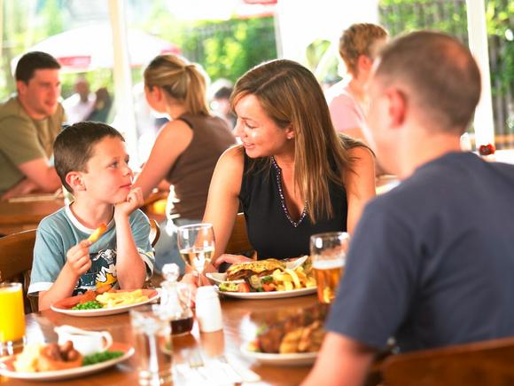 image 03 family meal deals