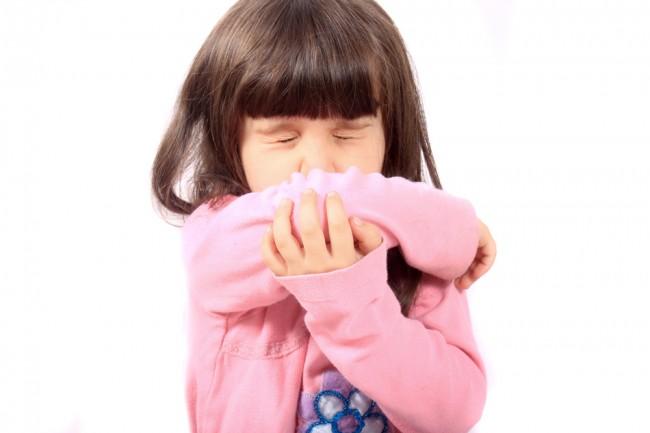 sick-child-sneezing-Pond-5