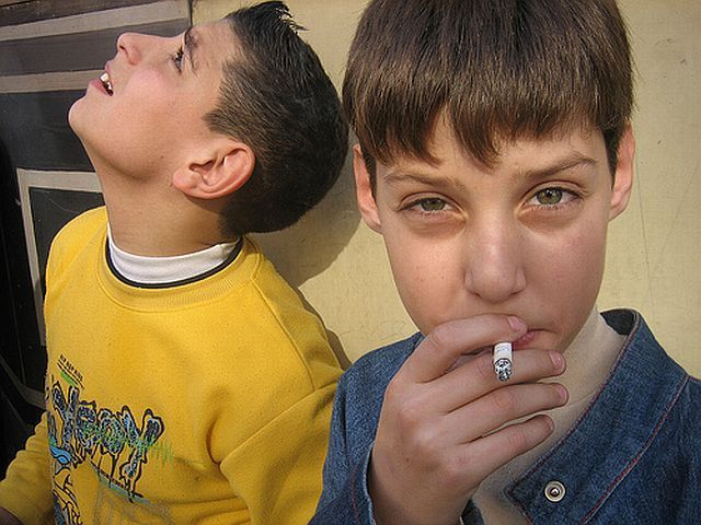 smoking_kids_45