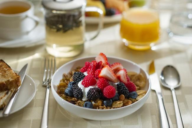 Απαραίτητο το πρωινό γεύμα στους εφήβους για την αποφυγή ...