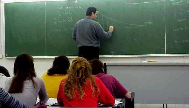 Εκπαιδευτικοί1