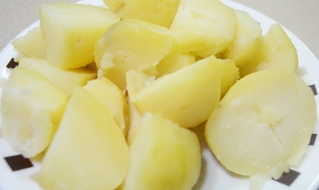 boiled-potatoes-770x460